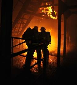 Обеспечение противопожарной защиты зданий повышенной этажности