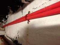 прокладка кабеля ПС по стене