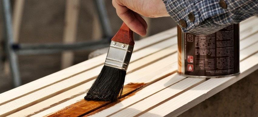 Огнезащитная обработка деревянных конструкций (дерева): способы, составы, периодичность и проверка