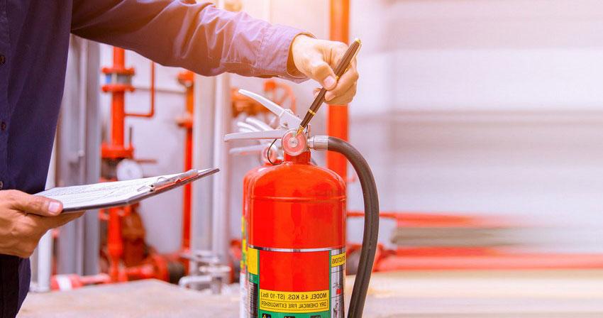 Перезарядка (заправка) огнетушителей: проверка, сроки обслуживания, нормы и правила