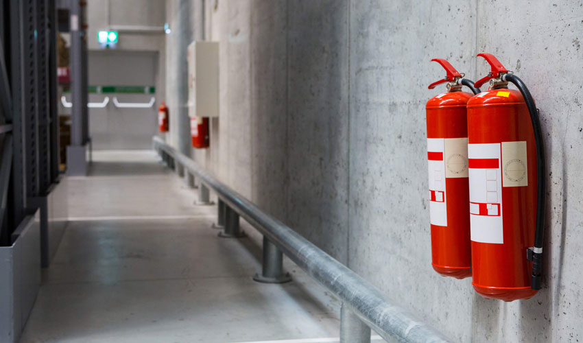 Что тушат газовыми огнетушителями: виды, принцип действия