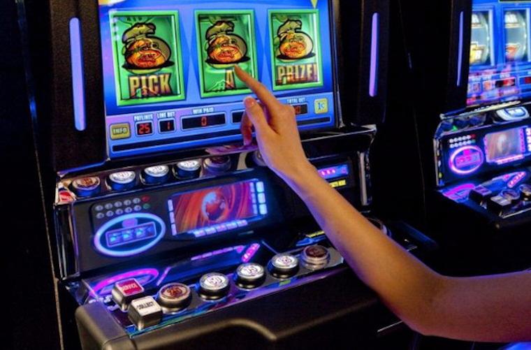 Ассортимент игровых автоматов от казино Вулкан Делюкс