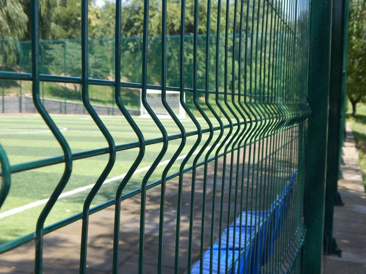 Высота секций может быть от 1,5 до 3 метров. Наиболее востребованными являются заборы 2 метра в высоту