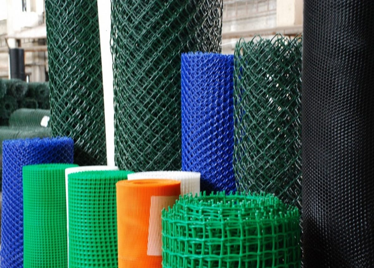 Применение пластиковой и металлической сеток в строительстве