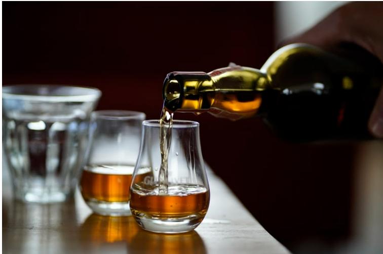 Как и где купить виски премиум-класса?