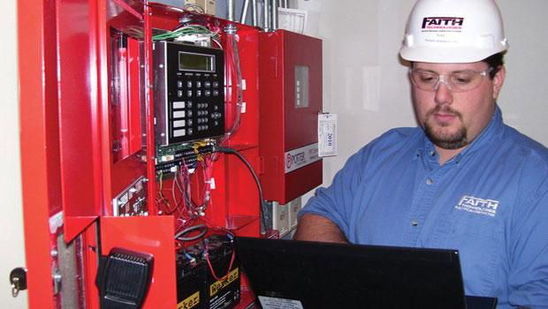 специалисты для установка охранно пожарной сигнализации