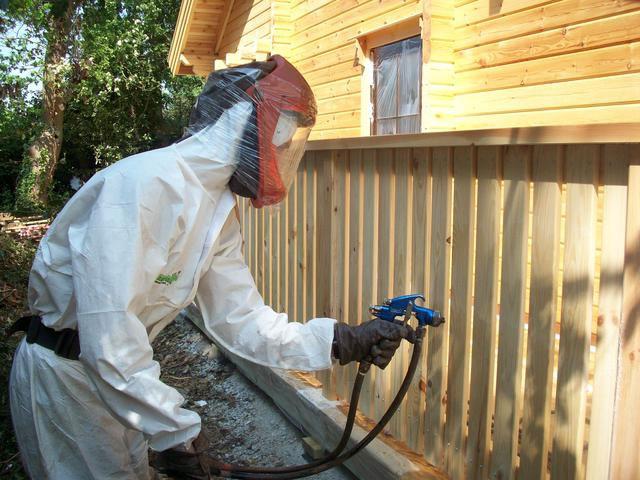 Огнезащита обработка материалов антипиренами или покраска огнеупорными красками
